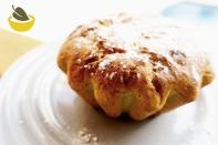 https://pommecassisblog.com/recettes/recettes/sucre/brioche-au-geranium/