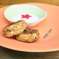 https://pommecassisblog.com/bouchees-croquantes-mozzarella-brocolis-farine-de-pois-chiche/